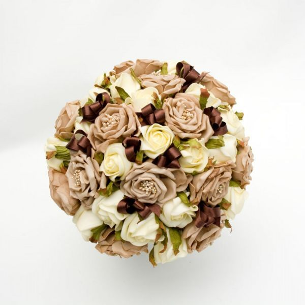Бежевий весільний букет: з яких кольорів створити ідеальний варіант