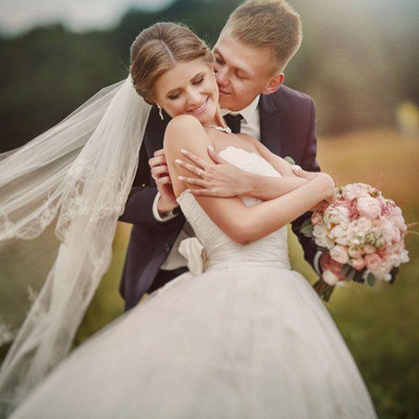 Весілля в травні: її особливості та практичні поради бувалих