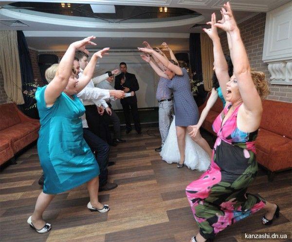 Конкурси на весілля для гостей: найцікавіші ідеї для організації розважальної програми