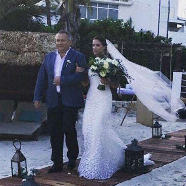 Батько на весіллі дочки: його роль і обов`язки