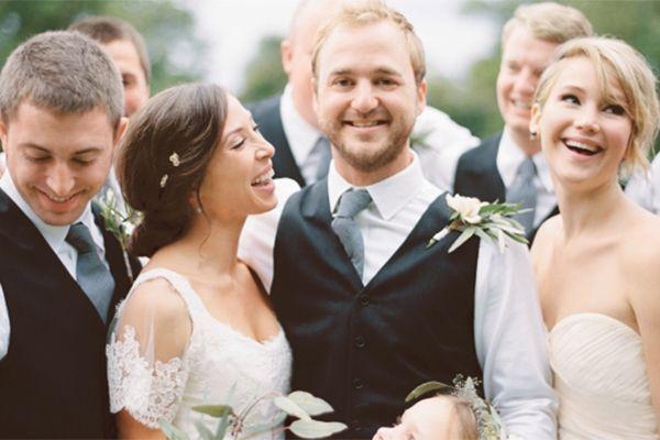 Поздоровлення на весілля брату: подарунки і вірші