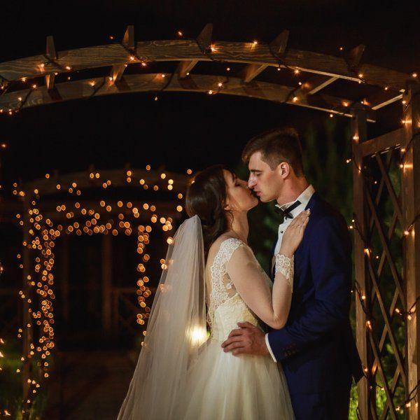 Весілля вночі - оригінальна ідея для знаменної події