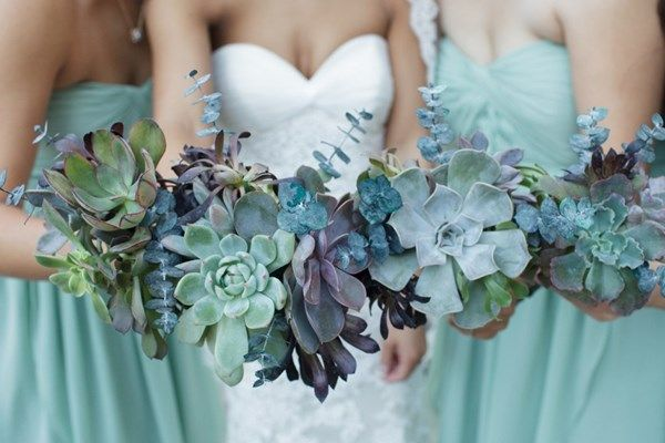 Весільні букети з суккулентами - тренд цього року