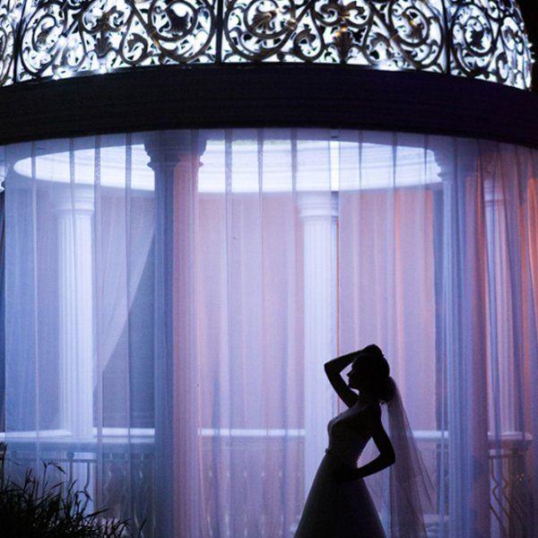 Світлове оформлення весілля: переваги та корисні поради