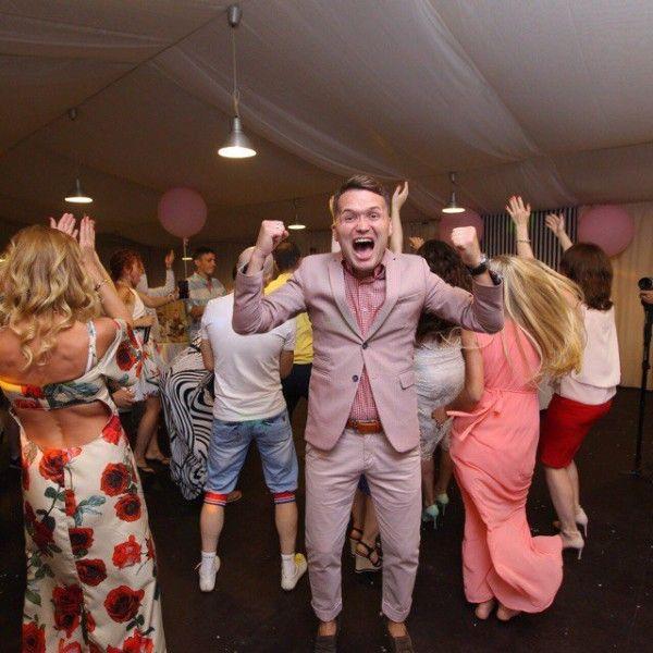 Танці гостей на весіллі: як конкурс і згуртування запрошених