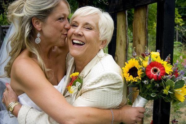 Тости на весіллі від батьків нареченої: як привітати молодят