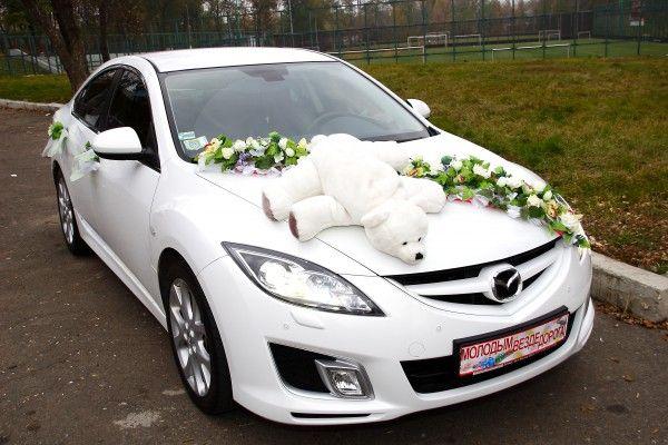 Прикраса на машину на весілля своїми руками: 3 простих ідеї