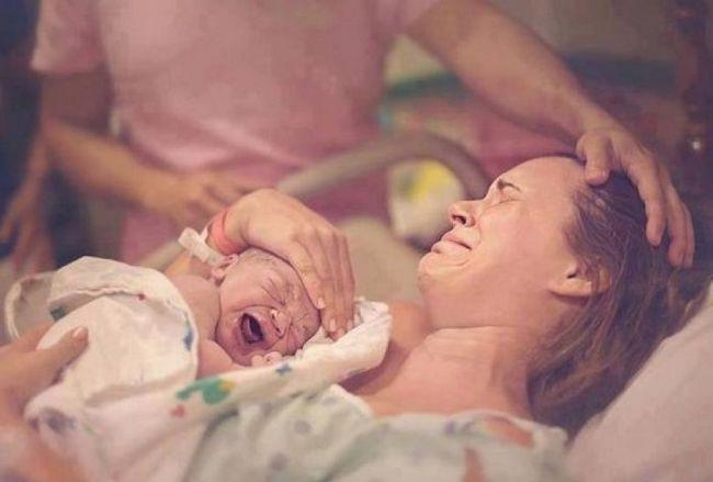 У той день на узі вони пішли разом, діагноз приголомшив: у вас буде хлопчик, тільки неповноцінний